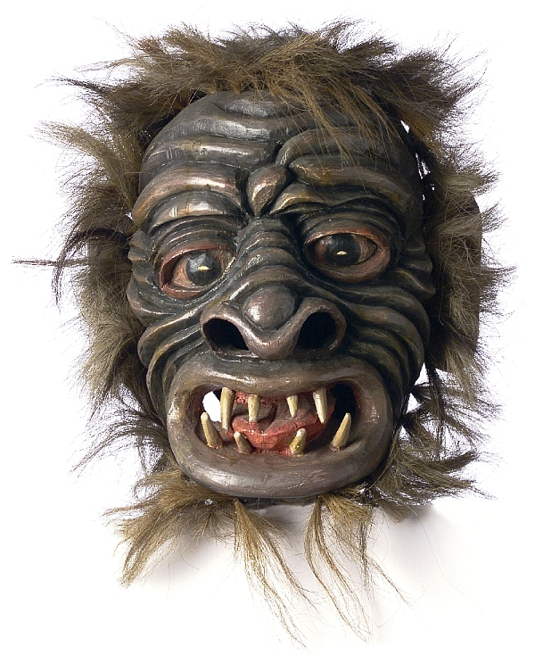 "Klaubauf mask ""Worm"", Willy Trost, Matrei in East Tyrol, 1970s, pine wood, carved, painted, horsehair, inv. no. 3001-95"